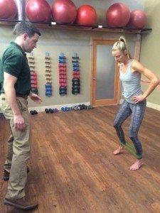 Pro Runner Stephanie Howe Violett works with Peter Schrey, PT
