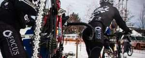 Focus PT sponsored cyclocross enthusiasts race in the snowy conditions